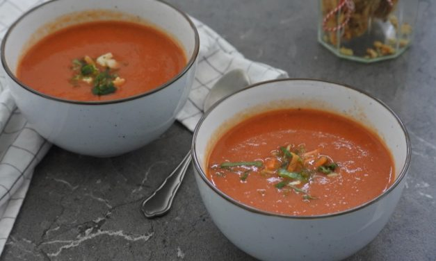 Paprika-tomatensoep - www.puursuzanne.nl