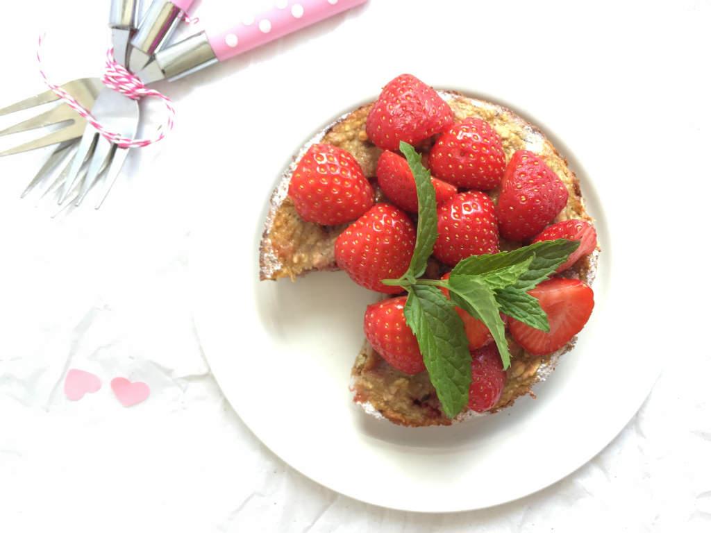 ontbijttaartje-met-aardbei-