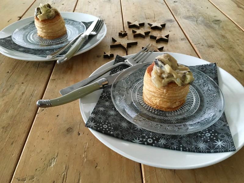 Zelfgemaakte ragout met champignons