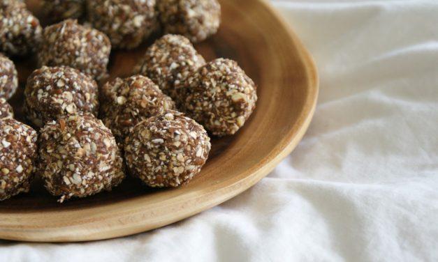 Raw granola balletjes