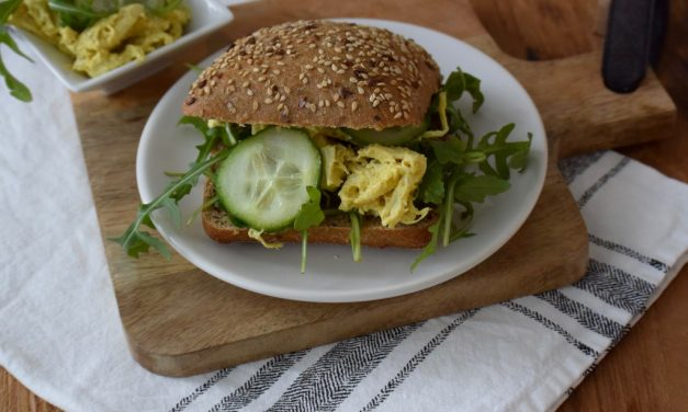 Vegan kipkerrie salade