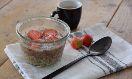 Overnight oats met aardbeien