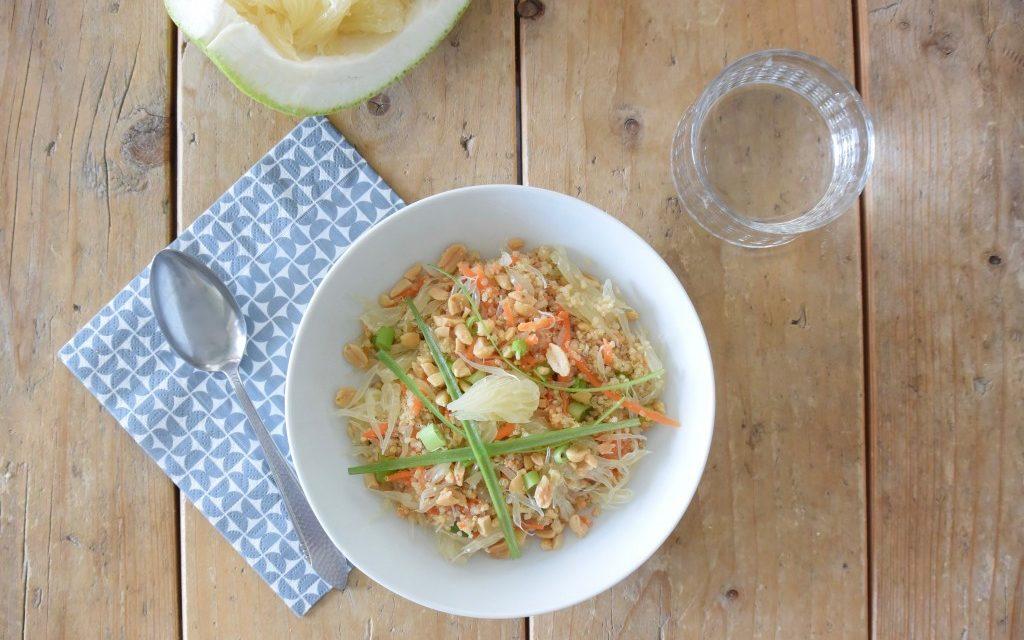 Quinoa salade met pomelo en pinda's