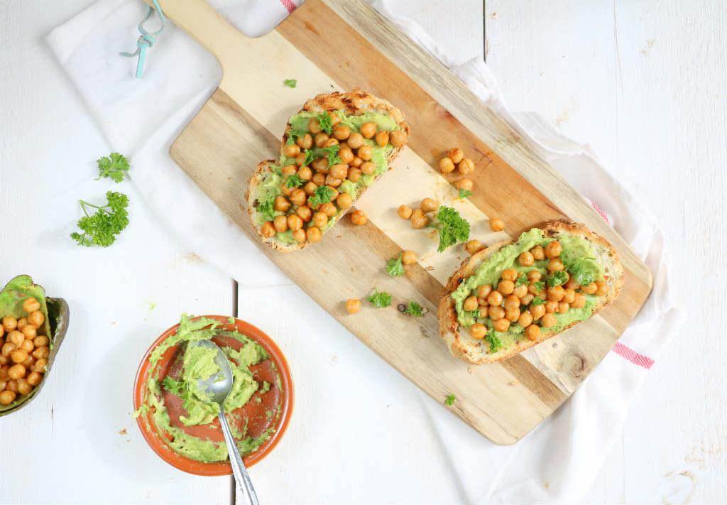 avocado toast - www.puursuzanne.nl