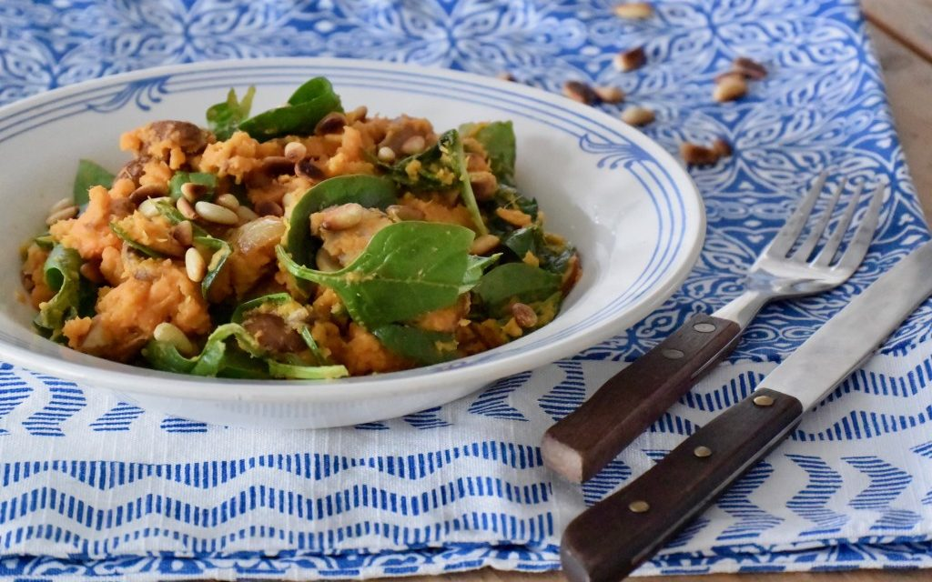 Zoete aardappelstamppot met spinazie