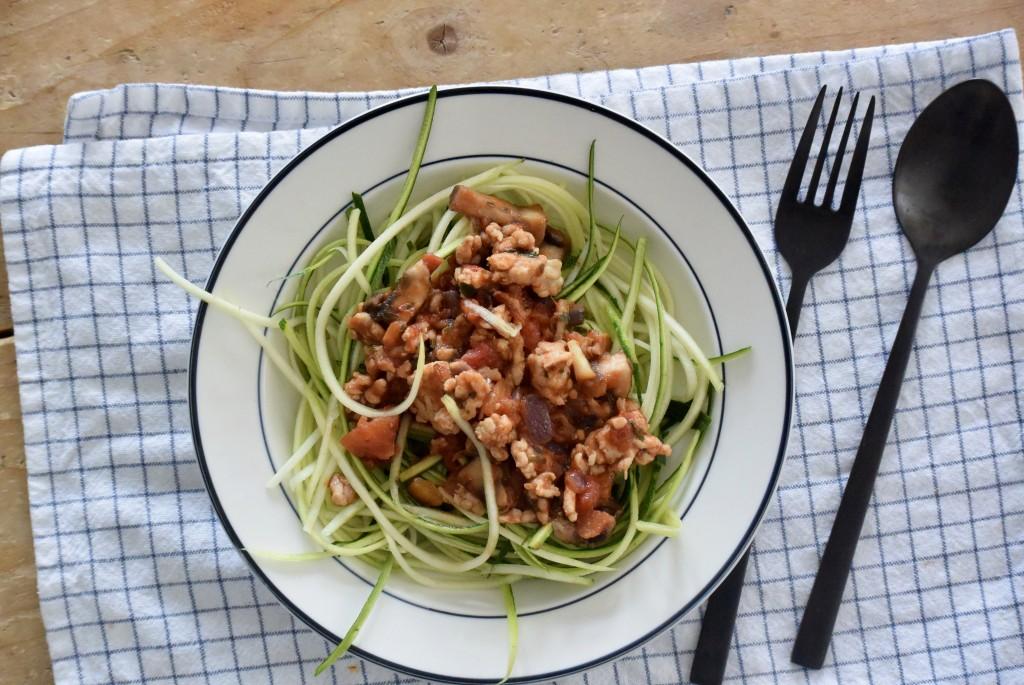 Courgette spaghetti - www.puursuzanne.nl