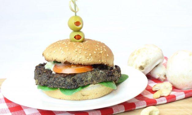Vegetarische burgers met champignons