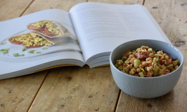 Kookboek she glows + kikkererwtensalade met kerrie