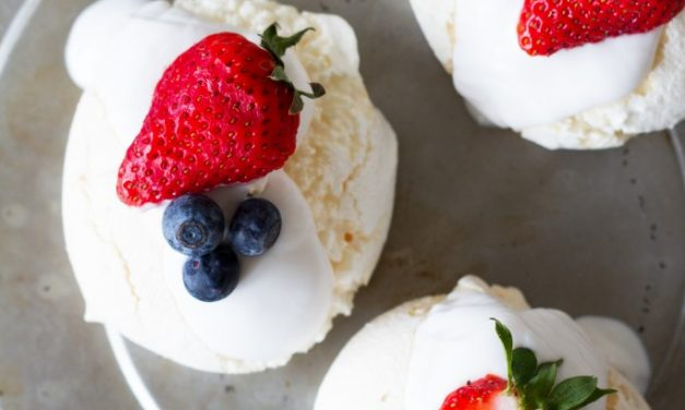 Vegan meringues van Food Bandits