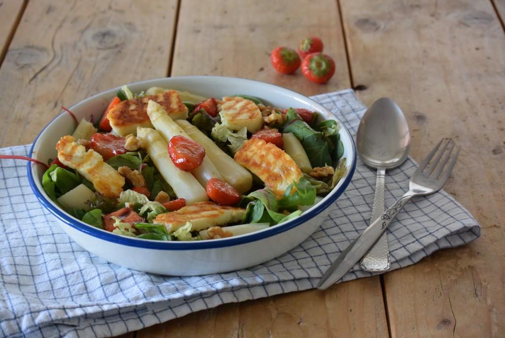 Salade met witte asperges - www.puursuzanne.nl