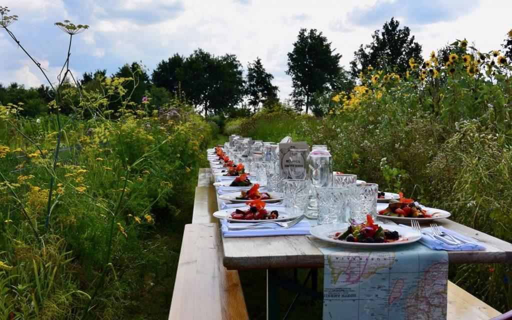 Botanical dinner series