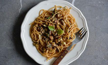 Spaghetti met champignons en knoflook