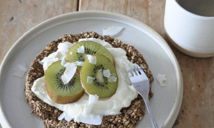 Havermout ontbijttaartje met kiwi