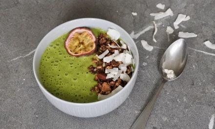 Smoothie bowl met spinazie