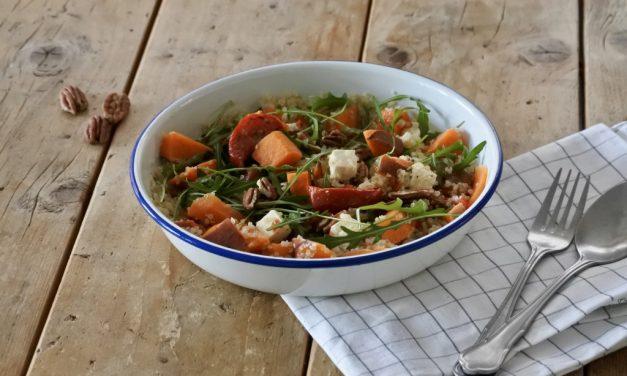 Salade met zoete aardappel en quinoa