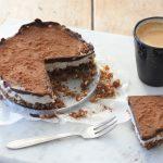 Raw taart met abrikozen