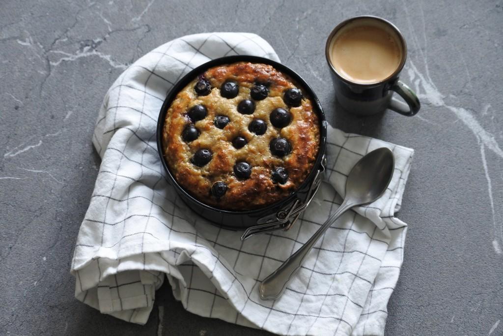 Glutenvrij taartje met blauwe bessen - www.puursuzanne.nl