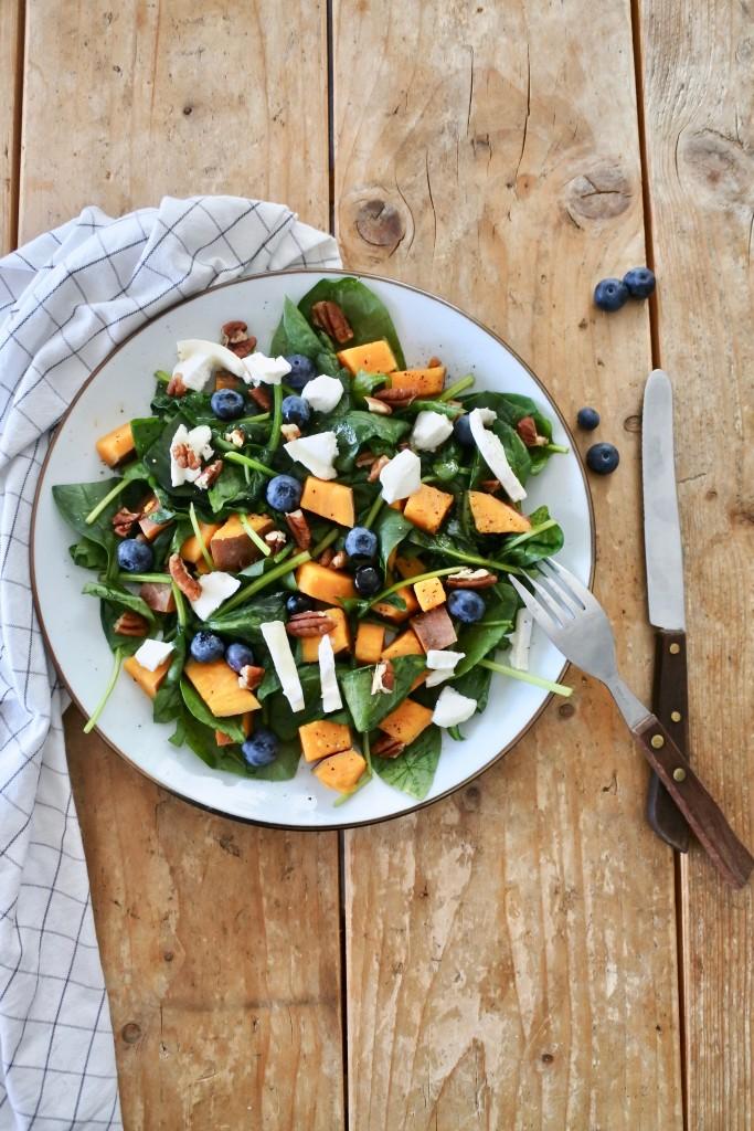 Salade met zoete aardappel - www.puursuzanne.nl