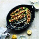 Vegetarische gevulde courgettes – Ottolenghi