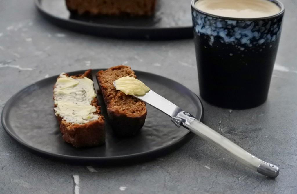 Ontbijtkoek | becel pure | margarine | vegan | koffie | Puur Suzanne