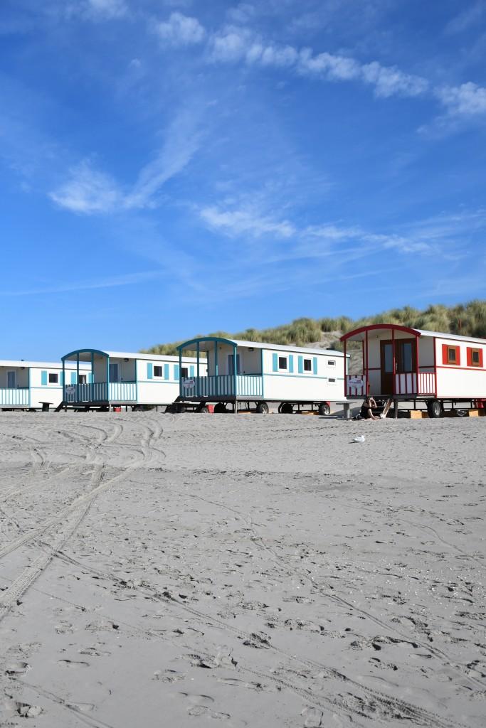 slapen in een Pipowagen -overnachten op het strand - strandpark vlugtenburg - op vakantie in Nederland- Puur Suzanne