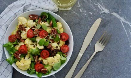Salade met bloemkool en linzen