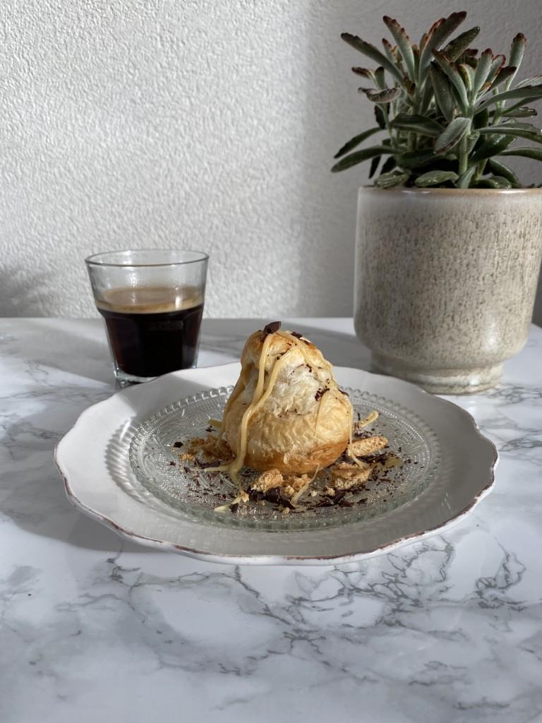 twix croissant | Vegan croissant | vegan breakfast | ontbijt | puur Suzanne