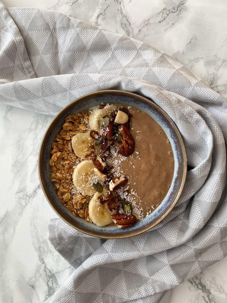 smoothiebowl choco loco | ontbijt | breakfast | Puur Suzanne